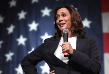 Kamala Harris: Beauty Tropes, the Media and Politics