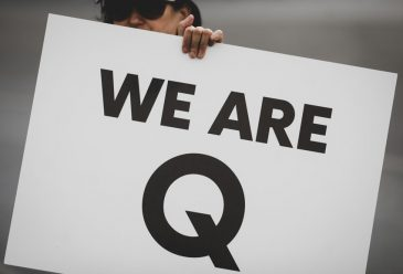 How Does the QAnon Conspiracy Theory Spread Online?